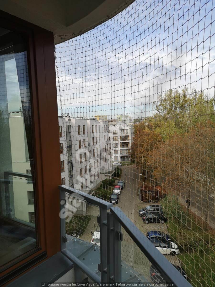 siatka-na-balkon-balkon-polokragly (1)