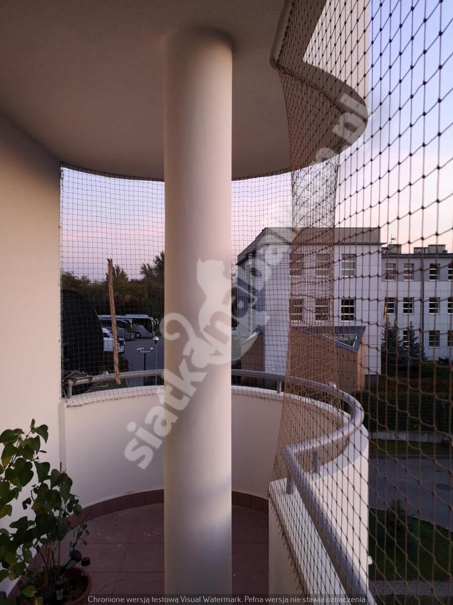 siatka-na-balkon-balkon-polokragly (2)