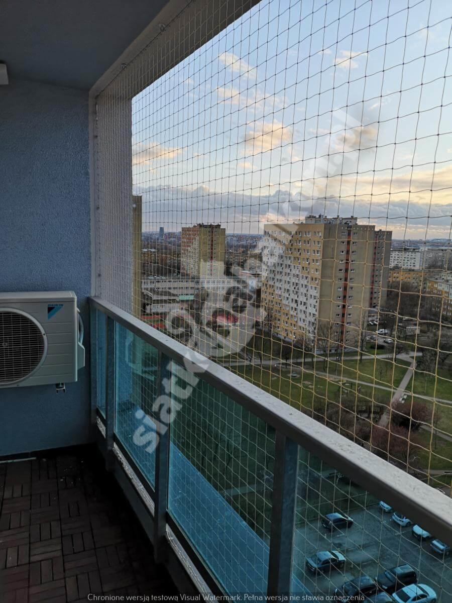 siatka-na-balkon-balkon-typu-loggia (3)