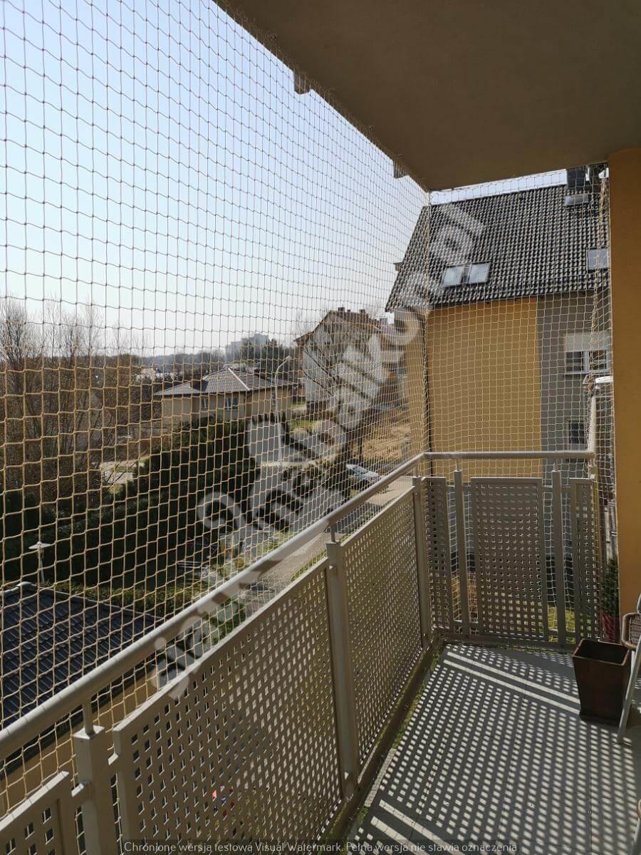 siatka-na-balkon-balkon-wystajacy (3)