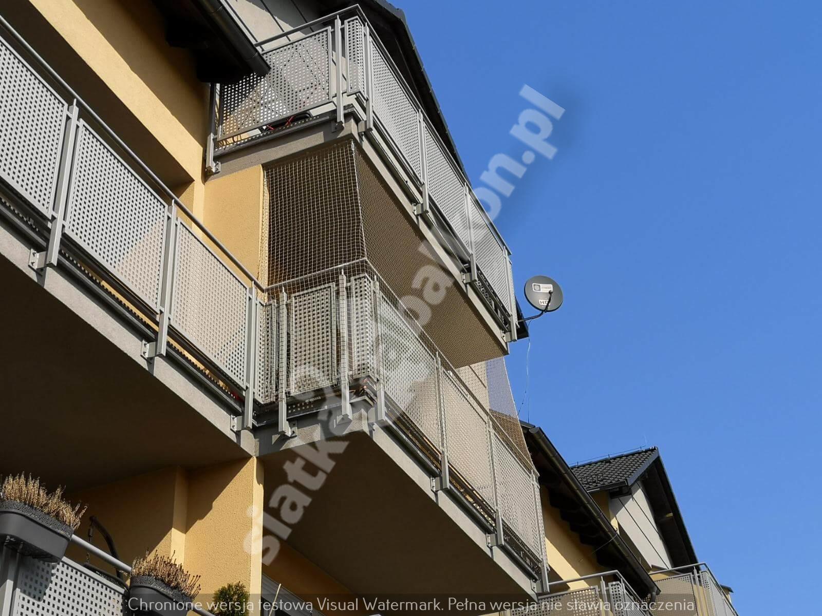 siatka-na-balkon-balkon-wystajacy (4)