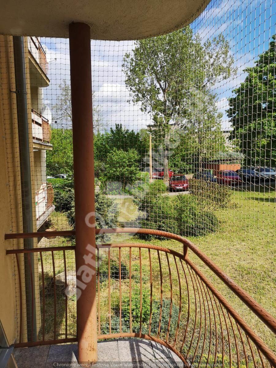 siatka-na-balkon-balkon-wystajacy (7)