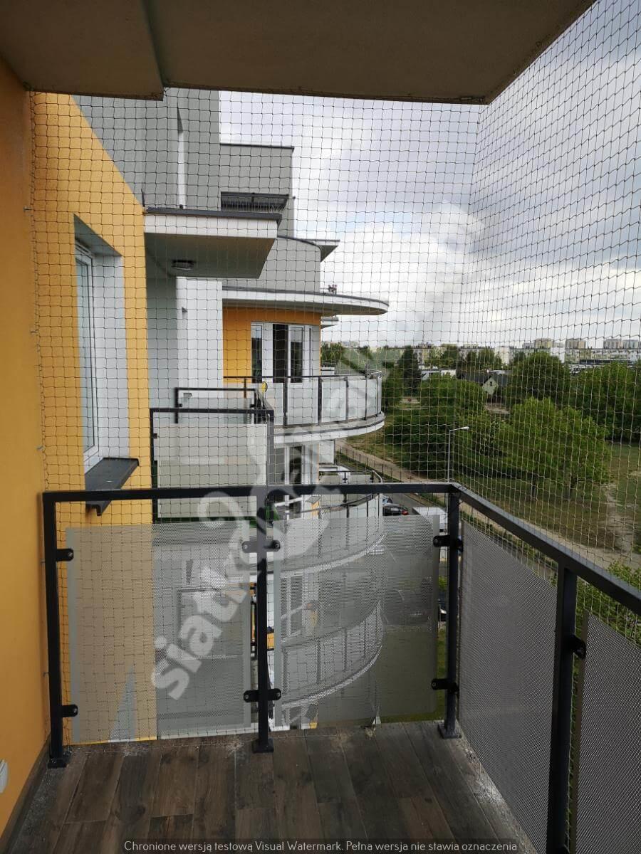siatka-na-balkon-balkon-wystajacy (8)