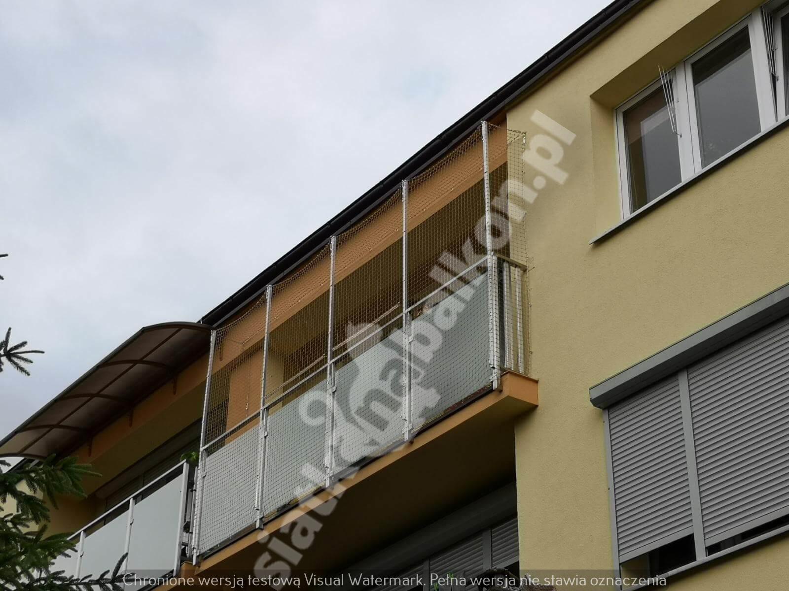 siatka-na-balkon-bez-zadaszenia (7)