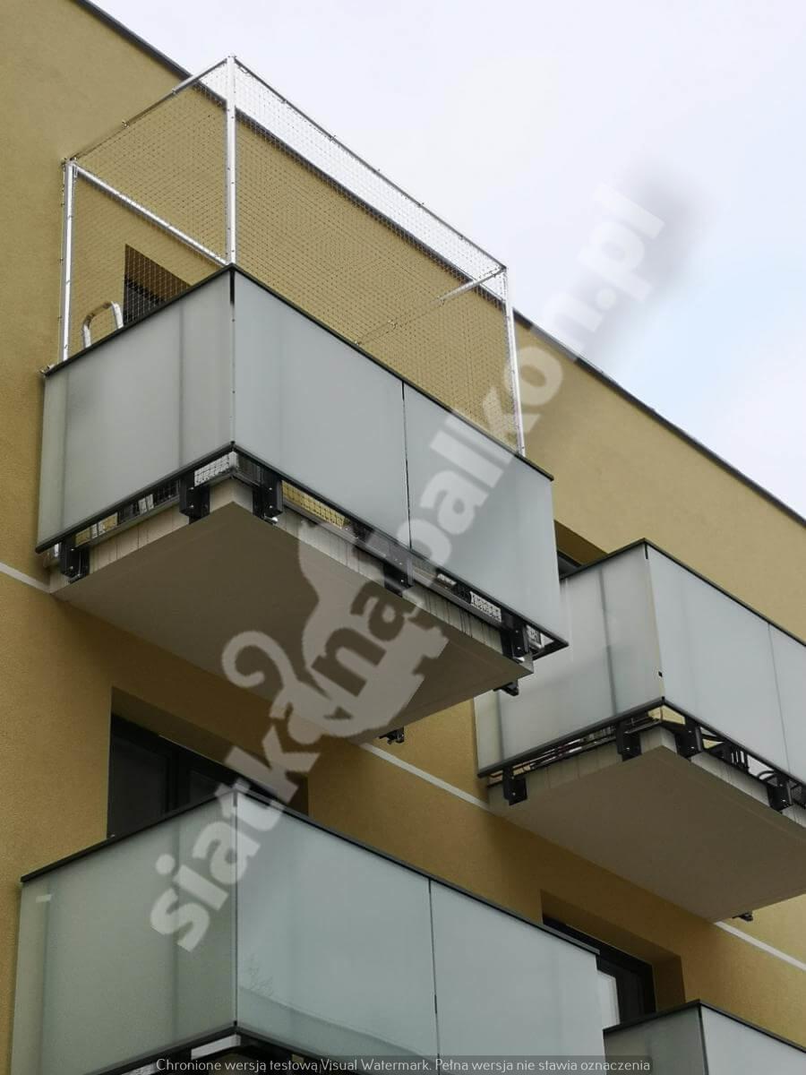 siatka-na-balkon-montaz-bezinwazyjny (4)
