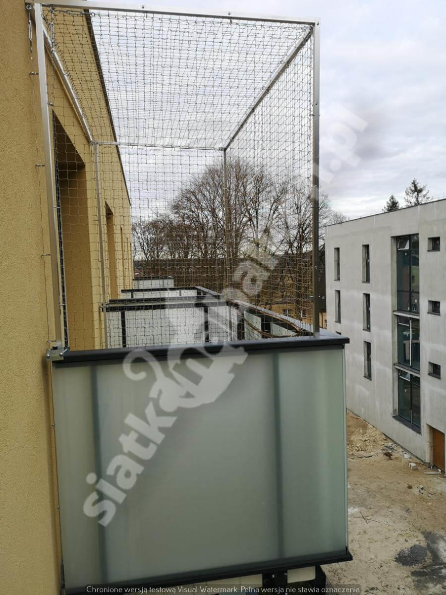 siatka-na-balkon-montaz-bezinwazyjny (5)