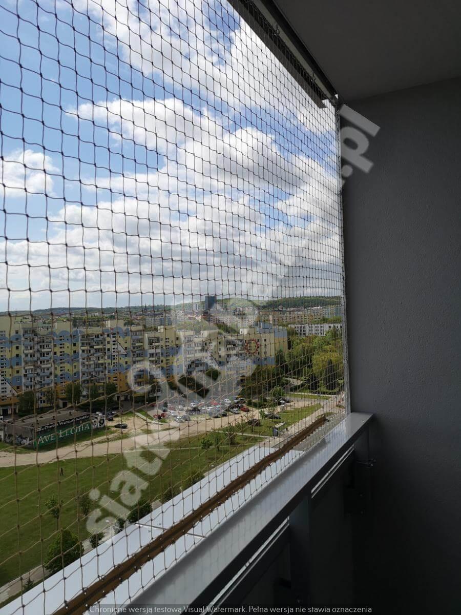 siatka-na-balkon-montaz-bezinwazyjny (7)