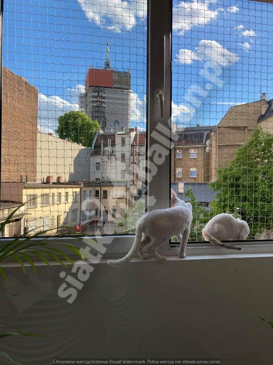 siatka-na-balkon-samo-okno (1)