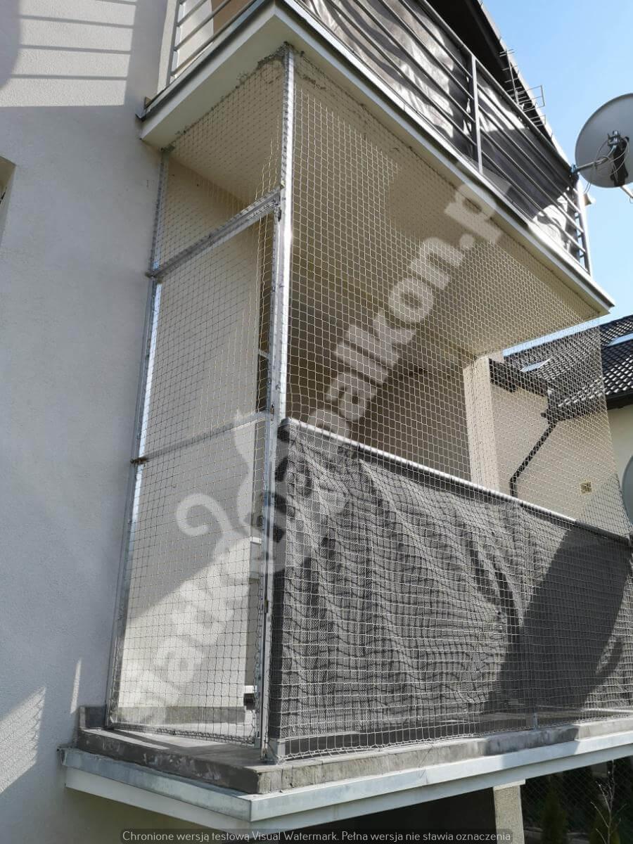 siatka-na-balkon-z-drzwiami (2)